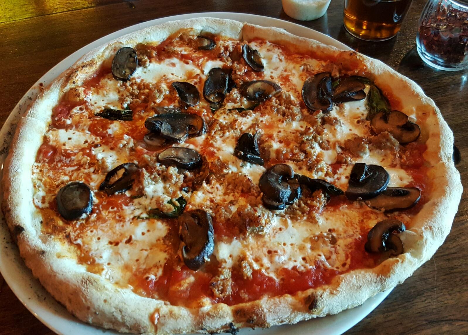 Neapolitan Pizza Heaven at Treforni in Durham | The Triangle Explorer