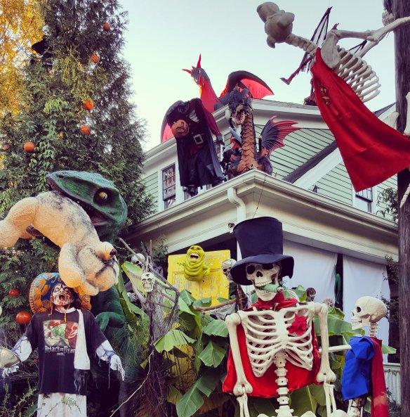 Oakwood Halloween House! | The Triangle Explorer